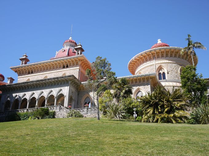 信じられないほど美しい宮殿と癒しの庭園『パラシオ・デ・ モンセラーテ』