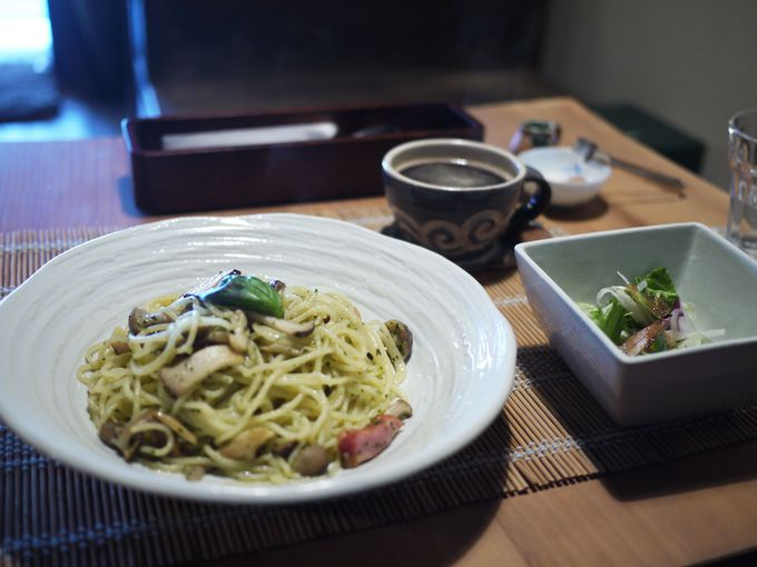 登録有形文化財でいただくパスタとピッツァのランチ「上庄カフェ」