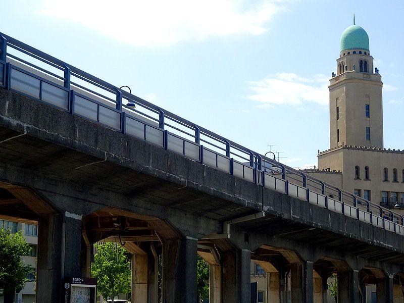 海外旅行に警鐘!渡航前に知るべき恐怖・横浜クイーンの塔