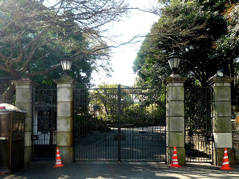 日本ではないイタリア大使館が松平隠岐守邸跡