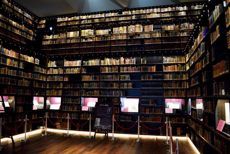 24000冊の絶景!文京区・東洋文庫ミュージアムの本棚が凄すぎる