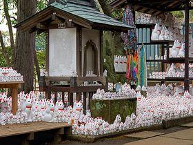世田谷の豪徳寺で《招き猫+井伊直弼=ひこにゃん》になる訳