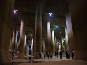 埼玉のパルテノン神殿!春日部「龍Q館」はオラも驚いた地底の絶景だゾ