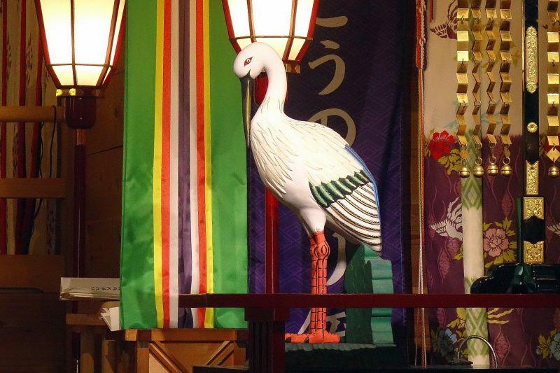 こうのとりパワーで女子力アップの「鴻神社」