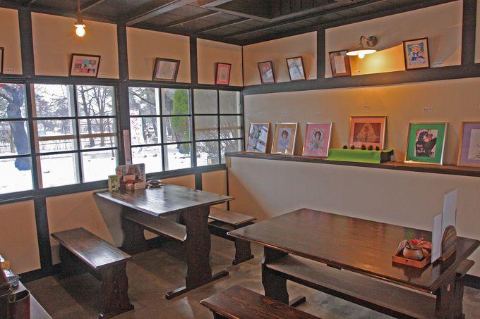 シックな雰囲気の喫茶店「駅舎」