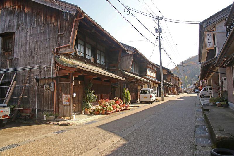 日本一の鉄道難所!福井・北陸本線旧線跡で、機関士の苦闘に思いを馳せよう