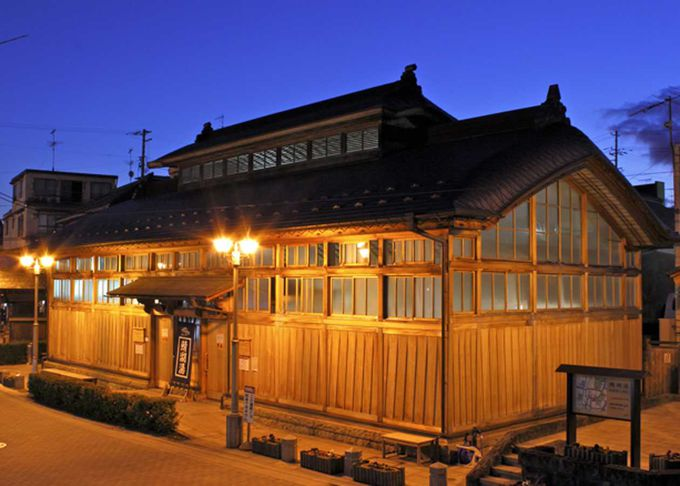 ☆日本最古の木造建築☆鯖湖湯、入浴料大人200円