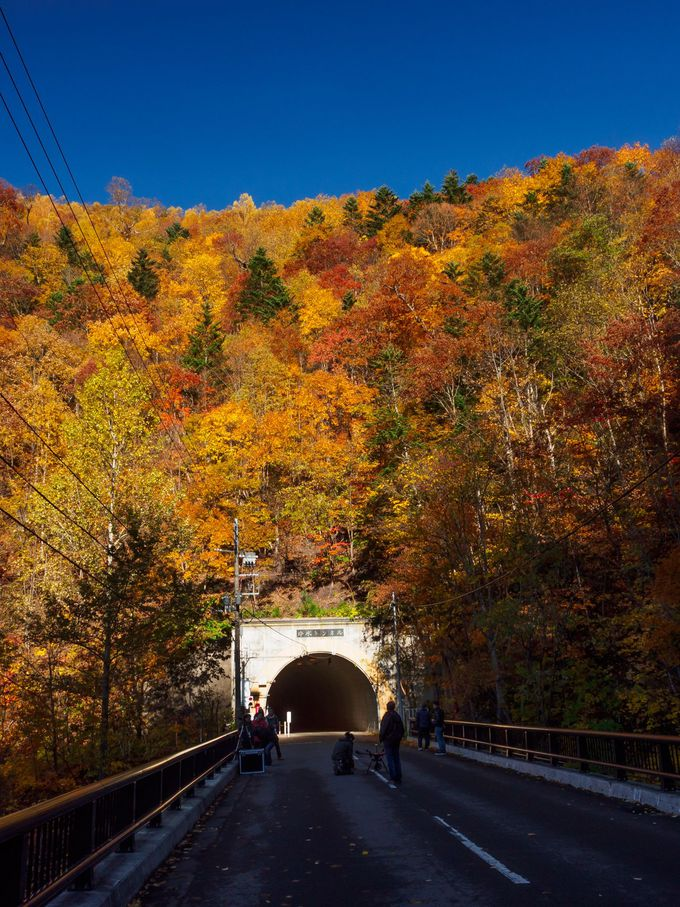 豊平峡ダムへは「豊平峡冷水駐車場」からトンネルを通って行く