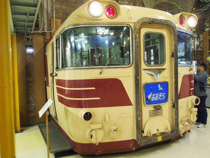 北海道鉄道技術館の入り口を入ると、目の前にある実物運転台
