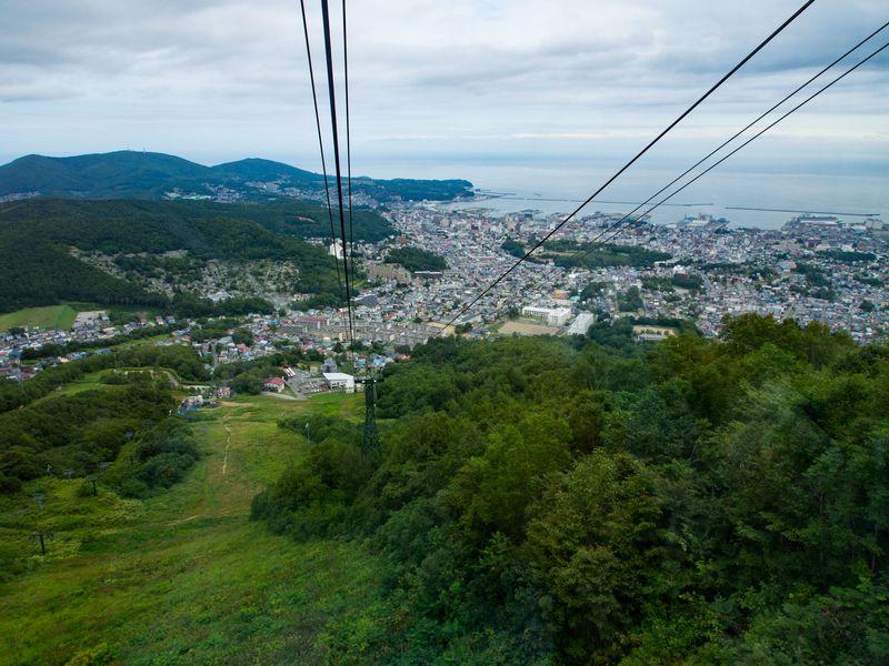 夏の昼間も見所満載!小樽「天狗山」4つのツウな楽しみ方