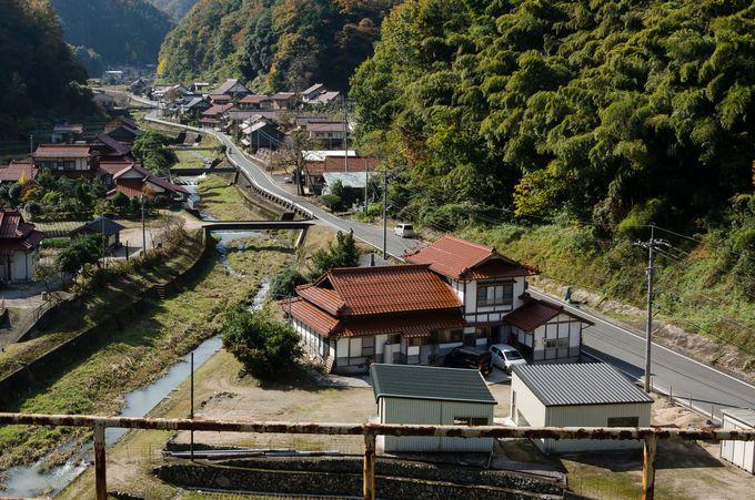 宇都井駅のすぐ近く!徒歩1分以内で行ける「うづい通信部」