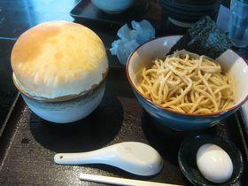 西武立川「UMA」のパイ包み焼きラーメンが美味い!