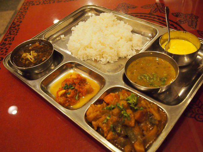 ネパール料理部門で全国1位「サンサール」