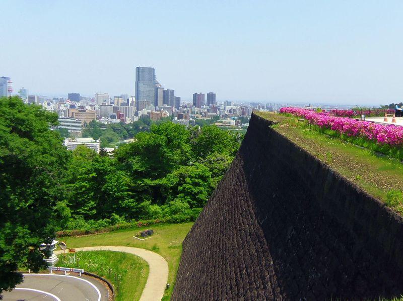 仙台城の本丸跡〜仙台市街を一望できる展望スポット!