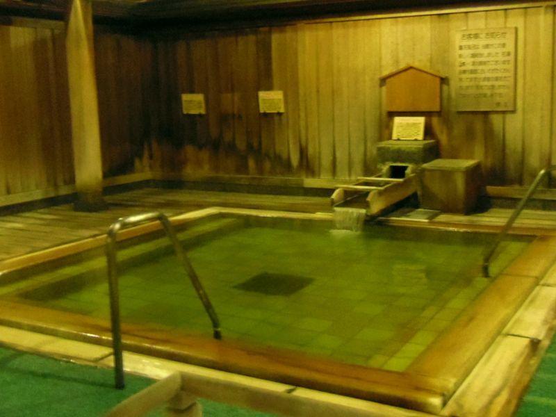 油田探索で発見された月岡温泉〜「白玉の湯 華鳳」は自家源泉