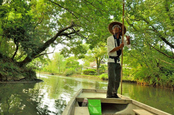 緑、蒲焼き、川面に響く船頭歌。旅情満喫の福岡「水郷柳川」