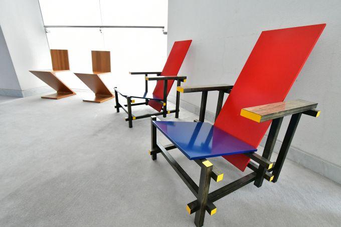 座る。感じる。デザイナーズチェア