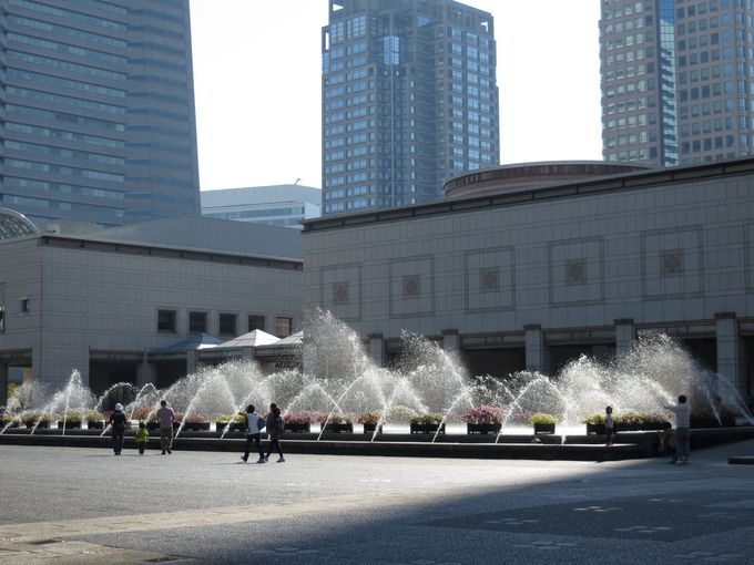 「横浜美術館」でアート体験を♪