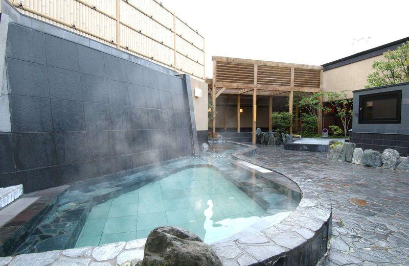 横浜「天然温泉 すすき野 湯けむりの里」14種のお湯は全て天然温泉