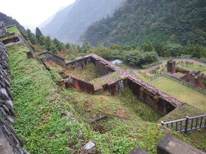 山の中で、人々は活き活きと暮らしていた