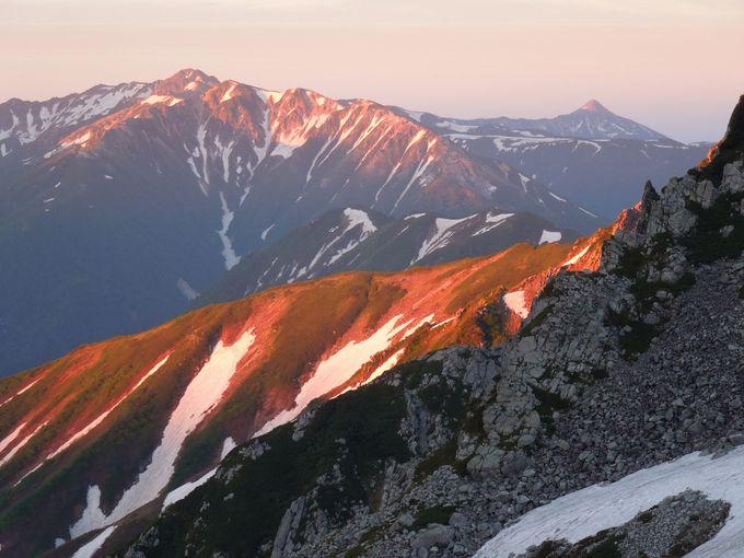 3000メートル超えの雄山の魅力