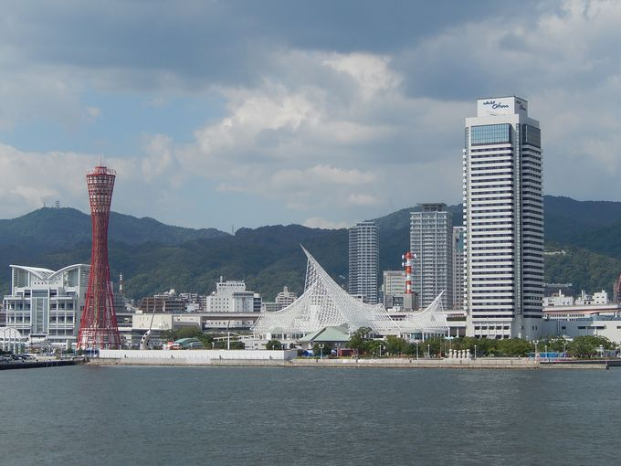 海風に心躍る『神戸港クルーズ』