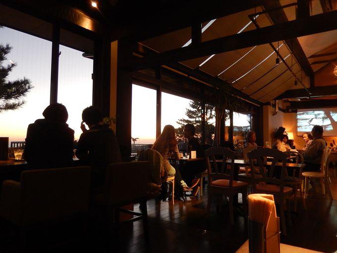 『TENRAN CAFE』で暮れゆく時間を楽しむ
