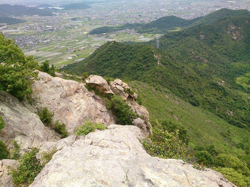岩だらけだけど大展望広がる兵庫・播磨アルプスを縦走しよう!