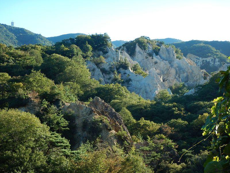 ロッククライミング入門スポット・兵庫の蓬莱峡をよじ登れ!