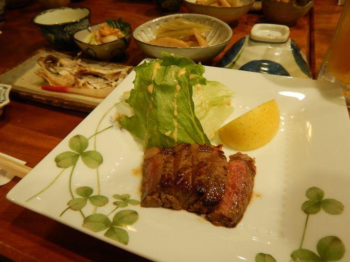 お楽しみの夕食
