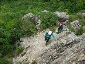 岐阜の芥見権現山(あくたみごんげんやま)で岩登りにチャレンジ