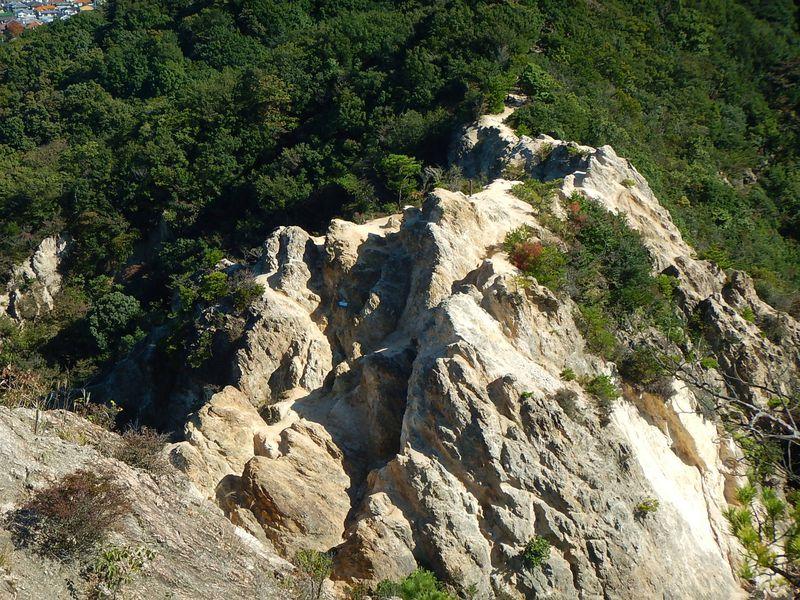 ここはどこ?アルプスの名に恥じない六甲山・須磨アルプス登山!