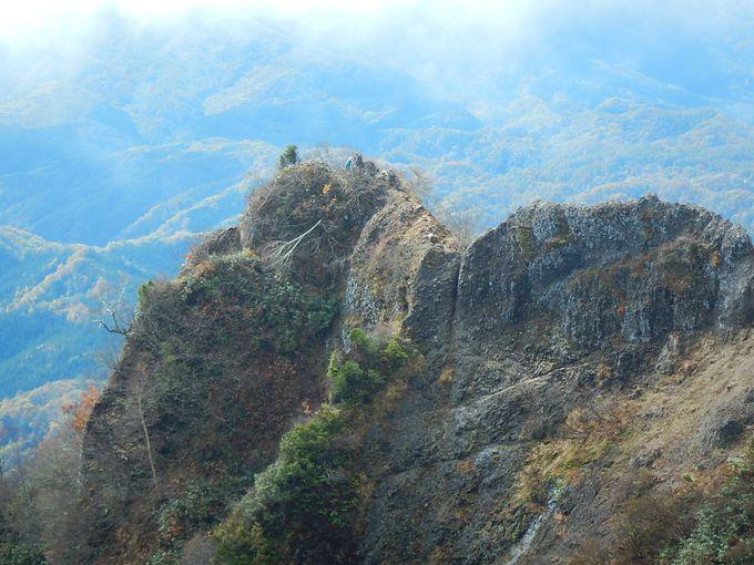 9.戸隠山の蟻の塔渡り