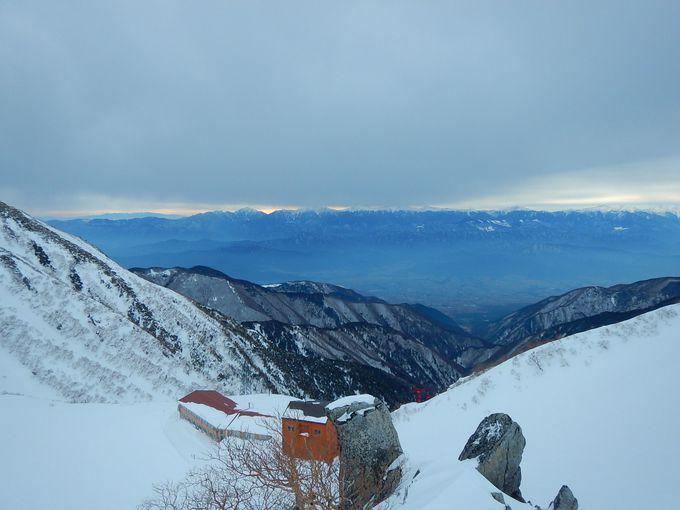 ロープウエイで2600メートルの別天地へ