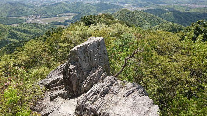 丹波岩から丹波地方の絶景を一望