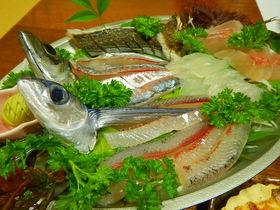 福井・小浜の漁師民宿「なかじま」でとれとれの魚三昧はいかが?