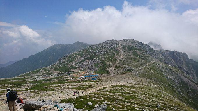 山頂からは360度の絶景