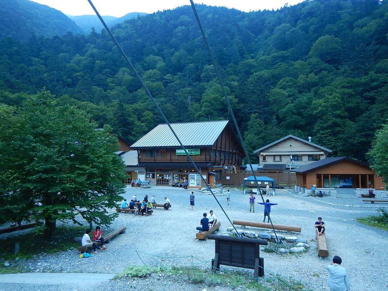 奥上高地・横尾へハイキング!平面移動で山岳風景を満喫しよう