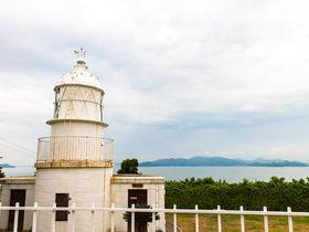 明治の西洋式灯台に旧官舎!愛媛県・釣島で明治期の産業遺産を巡る
