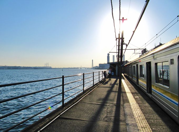 日本一海から近い駅「海芝浦駅」で臨海部の景色を楽しもう!!