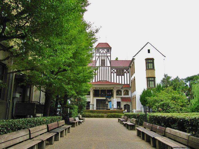 早稲田大学にある日本唯一の「演劇博物館」