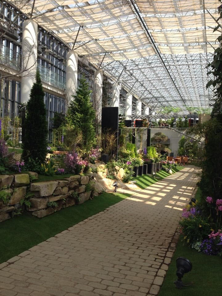 淡路夢舞台「奇跡の星の植物館」