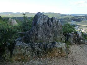 神話の故郷・志摩の絶景を望む密かなパワースポット「おうむ岩」