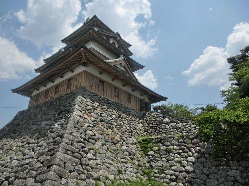 「高島城」で江戸の長野へタイムトリップ!諏訪の浮城を楽しむ方法