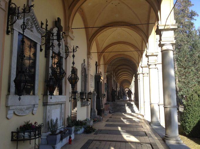 ヨーロッパ一美しい墓地「ミロゴイ墓地」は隠れた名所