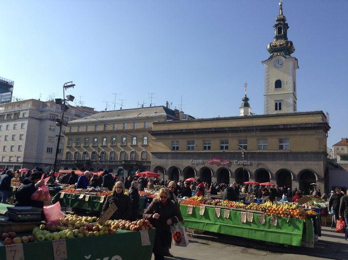 「ザグレブの胃袋」、ドラツ市場で現地スタイルのショッピングを楽しもう!