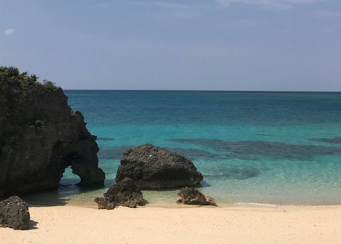 幸せを呼ぶ池間島の「ハート岩」