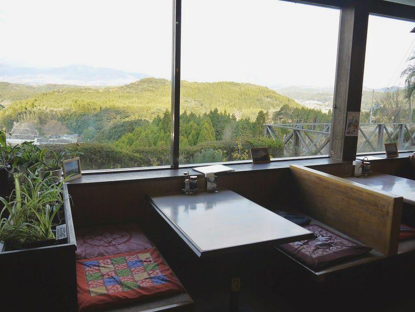 高千穂峰や韓国岳などが一望し、龍馬の新婚ラブラブを思い描く♪