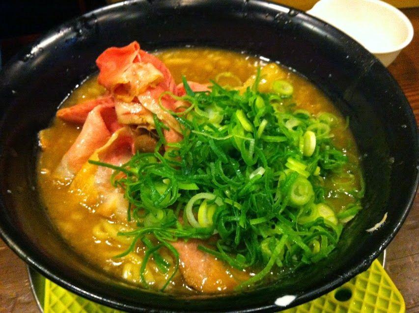 奈良市「まりお流」で、日本一「こってり」ラーメンに挑戦♪