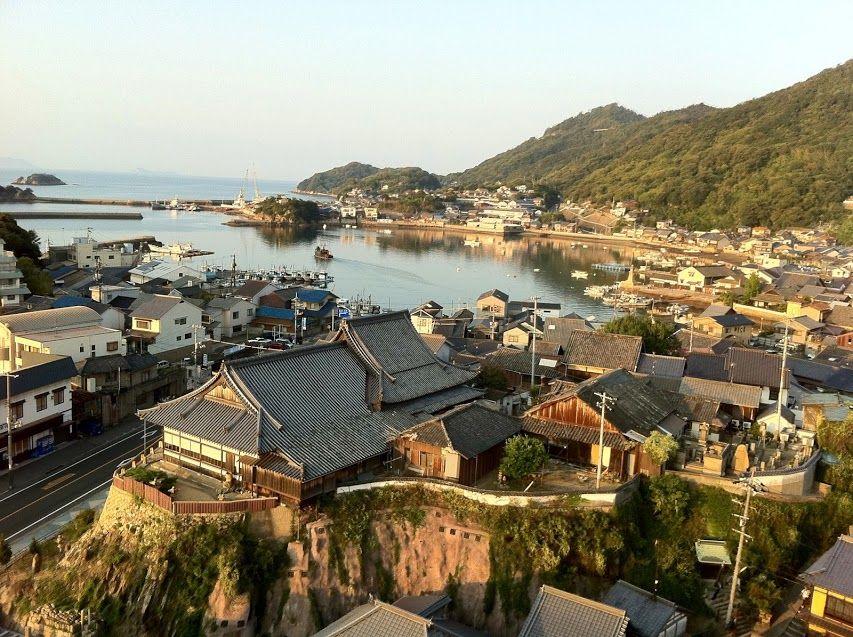 鞆の浦に来たら、町並みも一望できる場所を探そう!
